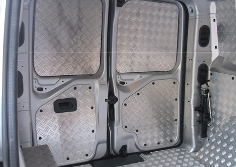 Rivestimento interno su Jumpy